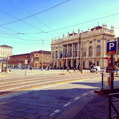 Piazza Castello - Turin (Italy) (mariasabatino) Tags: bestphoto iphone photo autumn autunno architecture arte italy italia city centro piemonte piazzacastello torino turin