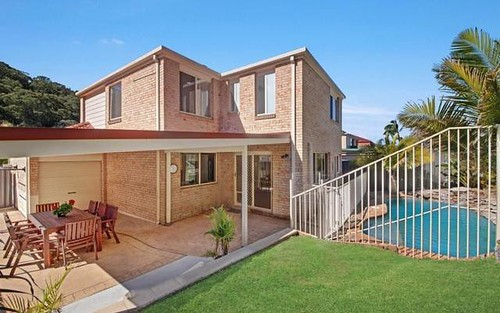 15 Wixstead Close, Point Clare NSW 2250