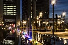 Colores (alvarez.cesar02) Tags: fuentes madrid nocturnas agua arquitectura urbana espaa farolas noche