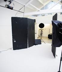 Chiara Setup Shot 2 (Photosmudger) Tags: lighting beauty studio lights dish flash setup softbox strobe bowens polyboards