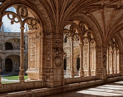 Claustro. (Javier Martinez de la Ossa) Tags: portugal lisboa lisbon gotico claustro manuelino monasteriodelosjernimos javiermartinezdelaossa