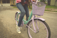 . (emilio.domnguez) Tags: pink girl bike mxico vintage day violet mint bicicleta indie rider violeta menta alternativo tumblr alterbative