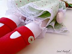 Felt doll for Aurora (Colori Preziosi) Tags: handmade felt handsewn feltro boneca tecido bonequinha tessuto bambolina feltdoll feltroepannolenci