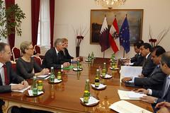 Generalsekretär Linhart trifft Vize-Außenminister AL Rumaihi