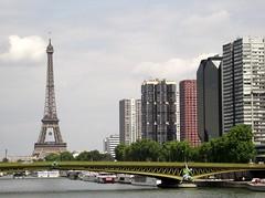 02 (magda paul) Tags: bridge paris eiffeltower toureiffel paryż wieżaeiffla
