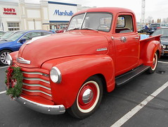 1948 Chevy Thriftmaster (splattergraphics) Tags: 1948 truck pickup chevy carshow huntvalleymd thriftmaster worldcars huntvalleytownecentre huntvalleyhorsepower