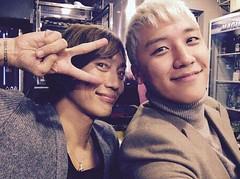 "BIGBANG V.I、""スマイルが可愛い""ツーショット写真公開!「青山さんとホルモン」 - on IMKPOP 日本語版.com"