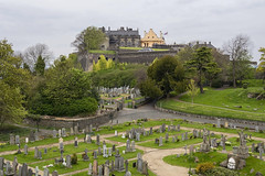 Castillo de Stirling (guillenperez) Tags: gran bretaa great britain united kingdom reino unido escocia scottish scotland stirling castle castillo church holy rude iglesia cementerio cemetery view vista