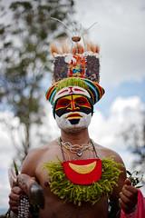 Goroka Show 28 (travelationship) Tags: travel travelationship travelphotography papuanewguinea png gorokashow goroka easternhighlandsprovince singsing tribe culturalshow