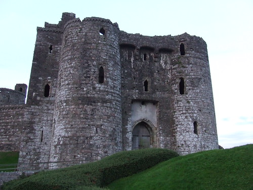 2016 # 091, Kidwelly Castle, Carmarthenshire 2. (RBR 2005)