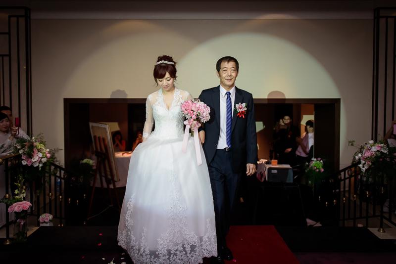 國賓婚攝,台北國賓,國賓飯店婚宴,新秘Miko ,婚攝小勇,台北婚攝, 愛瑞思新娘秘書造型團隊,西敏英國手工婚紗,小寶工作室-020