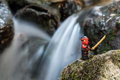 Kai en su entreno diario / Kai in his daily training (CHUKY8208) Tags: lego ninjago kai labarranca navacerrada madrid naturaleza agua cascadas