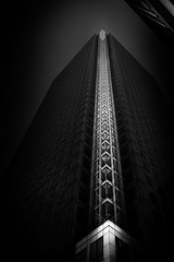 One Canada Square (Richard Reader (luciferscage)) Tags: 2016 fuijifilmxt1 fujixt1 london october architecture city canarywharf docklands onecanadasquare 235m contrast monochrome bw bnw blackwhite fujiholics