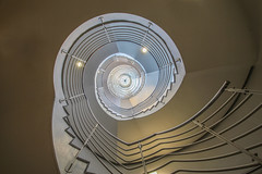 (Elbmaedchen) Tags: treppenhaus staircase hamburg roundandround curves helix treppenauge escaliers hammerbrook