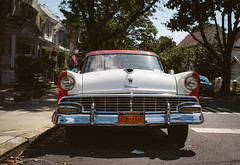 1956 Ford Fairlane in Color (Juni Safont) Tags: nyc newyorkcity summer cars ford queens 1956 fairlane woodhaven