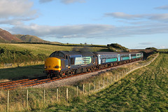 37612 Holmegate Farm 22nd September 2015 (John Eyres) Tags: light sun last for was back with low working be even getting around quite would carlisle hang though decided cracking northbound knew 1731 barrowinfurness i 37402 37612 2c47 220915