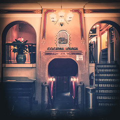 (Talisman39) Tags: az arizona fade flagstaff hallway haunted hipstamatic montevistahotel route66 september2015 vignette