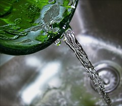Our Daily Challenge: Glass Of Water (Sue90ca Falling Behind. More Off Than On Lately) Tags: canon 6d odc glassofwater