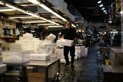 DSCF0082 (keita matsubara) Tags: tsukiji ichiba market   tokyo japan