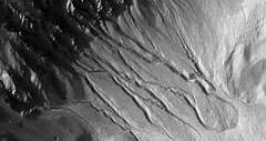 ESP_011969_1425 (UAHiRISE) Tags: mars nasa jpl mro universityofarizona uofa ua landscape geology science