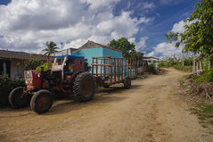 South side of town, 19 century country houses - Miller, my mom's, uncle and auntie birthplace and original hometown (lezumbalaberenjena) Tags: miller cuba villas villa clara 2016 noviembre november placetas house casas arquitectura siglo 19 xix tractor ruso russian