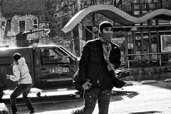 Santiago de Chile (Alejandro Bonilla) Tags: santiago chile street city urban bw blancoynegro bn blackandwhite black barrido manuelvenegas monocromo monocromatico reginmetropolitana ciudad
