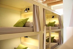 Habitacin de 8 Camas con Bao (brujulea) Tags: brujulea albergues herrera pisuerga palencia albergue habitacion camas con bano