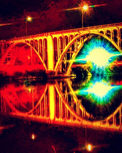 #gadsden,. #Alabama: hwy r31 #bridge from #CoosaLanding ~ #mirror #photography #outdoorphotography #insta #instalike #instalife #instagood #instagram #modified #moda #photoshoot #420💚 #love #per #open #river #lights #loud #highlights #:kissing