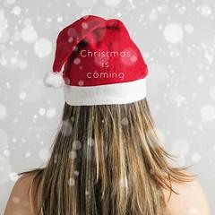 Christmas is coming... (Marah Mena) Tags: mariahmena canon christmas typo red rojo woman blonde