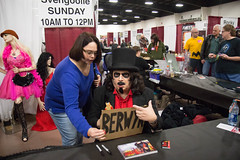 who me? (timp37) Tags: sign svengoolie berwyn illinois november 2016 nat nathalie chicago st charles pop culture con convention