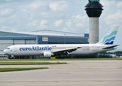 CS-TFT (AnDrEwMHoLdEn) Tags: manchester airport 767 manchesterairport euroatlantic egcc 23r