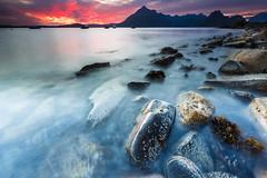 Sunset in Elgol on Isle of Skye (Loc Lagarde) Tags: highland gb elgol royaumeuni canoneos5dmarkiii
