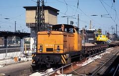 346 779  Chemnitz  20.08.96 (w. + h. brutzer) Tags: analog train germany deutschland nikon dr eisenbahn railway zug trains db 106 locomotive chemnitz lokomotive diesellok 346 eisenbahnen dieselloks webru