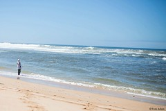 Muslim girl on the beach (Tomas Adam) Tags: ocean morrocco maroko oualidia tomasadampics