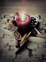 Weihnachtszeit (DanielHiller) Tags: christmas xmas red rot weihnachten star advent candle cinnamon decoration kerze flame stern feuer flamme tannenzapfen tischdecke dekoration orangen zimtstange