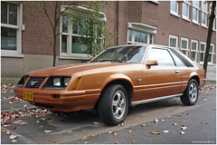 Ford Mustang Fastback 1980 (Wouter | Sere) Tags: automobile snapshot voiture licenseplate streetphoto spotted oldtimers v8 classiccars vintagecars 42l vintagevehicle kenteken klassieker gespot straatfoto oudeauto carspot gk95rb