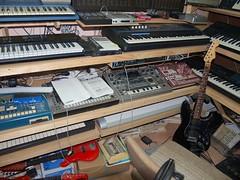 LP158662 (LoxPix2) Tags: boss music studio guitar fender synth roland korg yamaha emu gibson akai novation alesis kawai maudio behringer kurzweil teisco ensoniq tapco rogerlinn loxpix