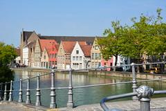 Bruges: Langerei (Snaggaardbrug) (zug55) Tags: bruges langerei canal kanaal snaggaardbrug brugge brgge flanders flandres flandern belgium belgique belgi belgien vlaanderen westflanders westvlaanderen unescoworldheritagesite worldheritagesite unesco welterbe werelderfgoed