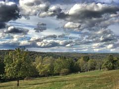 Der Herbst ist da (Blende2,8) Tags: himmel wolken bume felder wald