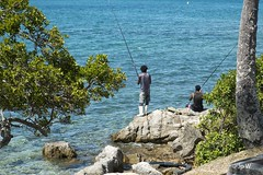 Pêcheurs (jp wiart) Tags: pêcheurs nouméa
