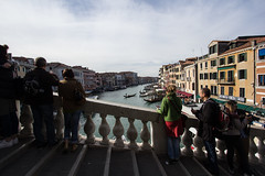 A gap in the crowds (jase411) Tags: rialto bridge venice venecia tourists grandcanal