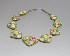 Necklace Olive-Green Diamonds (ST-Art-Clay) Tags: silkscreen moiko polymer clay