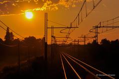 TRAMONTO (Giovanni Grasso 71) Tags: tramonto ferrovia sole binario giovanni grasso nikon d90