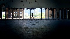d i s t a n t e (elleCome) Tags: industria siluette girl girls photo photografer architettura architec architecture industrial cool faschion