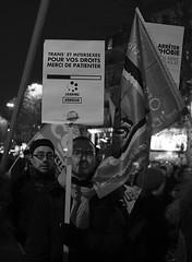 _DSF8995 (sergedignazio) Tags: france paris street photography photographie fuji xpro2 internationale lutte violences femmes