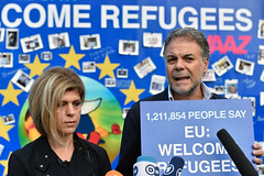 Tima Kurdi, aunt of Syrian boy Alan Kurdi, calling on Europe to back a humane refugee policy in Brussels (Avaazorg) Tags: brussels alan belgium action refugees be welcome migration fatima tima kurdi migrants aylan avaaz