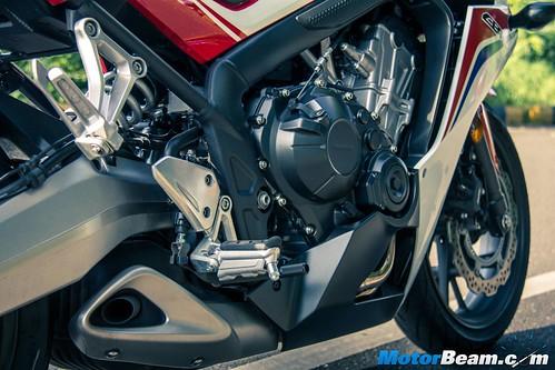 2015-Honda-CBR650R-14