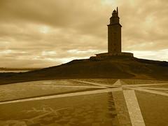 La Torre di Ercole - La Coruna - Spagna (sgherrim) Tags: faro mare torre spagna ercole venti lacoruna rosadeiventi torrediercole