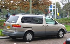 Toyota Sienna 3.0 V6 LE (rvandermaar) Tags: 30 sienna le toyota v6 xl10 toyotasienna cdkenteken toyotasiennaxl10 cd8247
