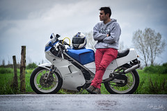 Biker (cristophercarrillo54) Tags: luz bike lluvia agua sombra moto suzuki motocicleta